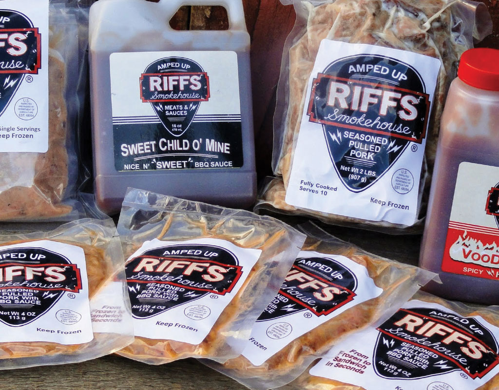 Food labeling case study - Riffs Smokehouse uses freezer safe labels printed on the Afinia L801
